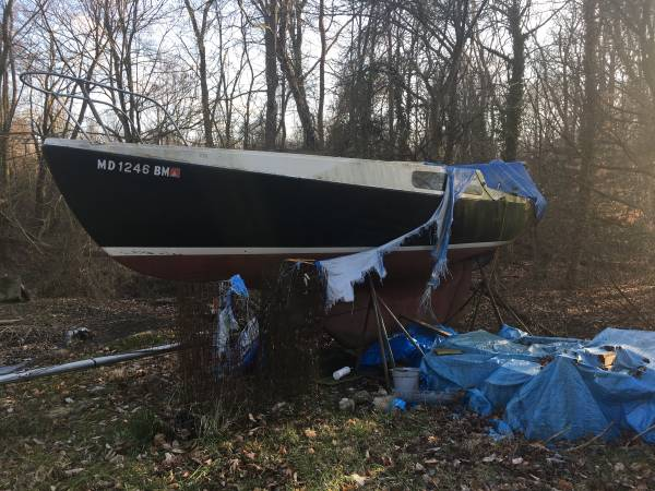 18 to 20 foot sailboat hull