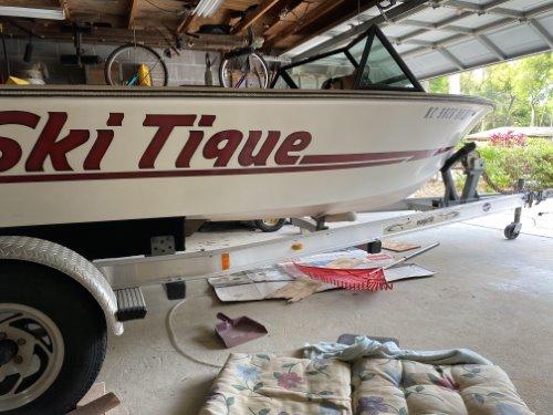 Skitique garage stored