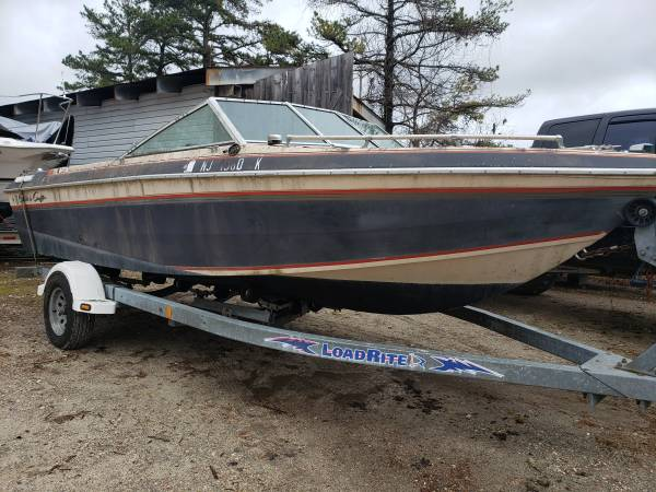 1984 Chris Craft Scorpion 186  Starbird bow view