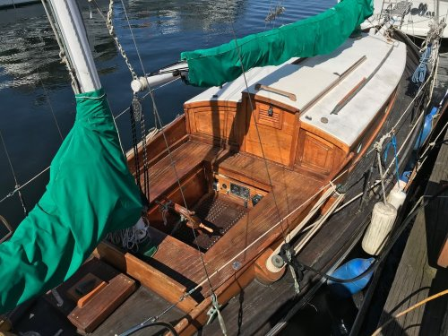 39 Bruner teak and masts