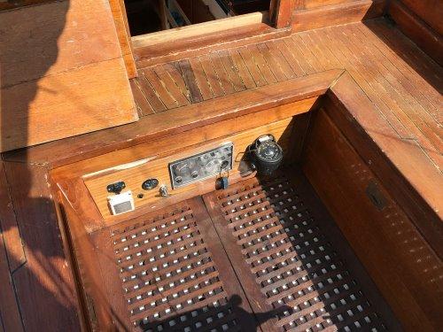 39 Bruner cockpit controls