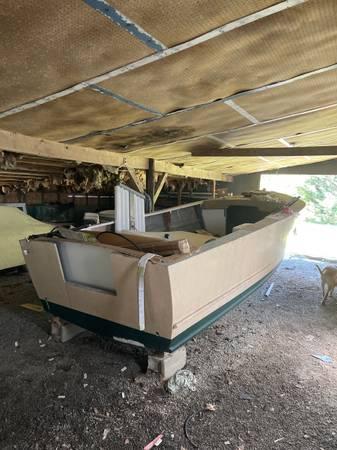 custom hull under cover